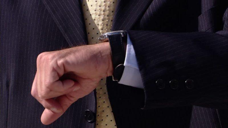 849835440-cravatta-stress-manager-orologio
